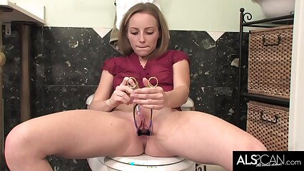 Perky Teen Masturbating While Opened Up in the Bathroom