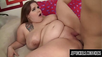 Big Natural Tits BBW Busty Emma Pleasures a Guy with Her Juicy Assets