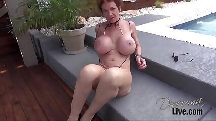 Deauxma Bikinis & Slingshots