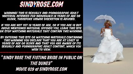 Sindy Rose the fisting bride in public on the dunes