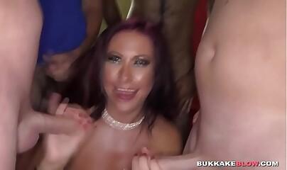 Alexxa Vice showering in spunk in bukkake porn