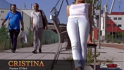 Jeans cameltoe in public
