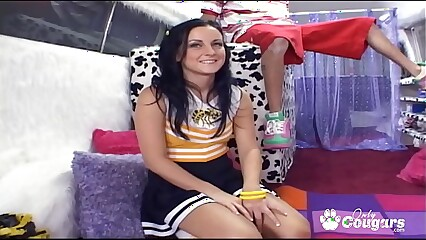 Cheerleader Melissa Matthews Lets The Ice Cream Man Taste Her Pussy