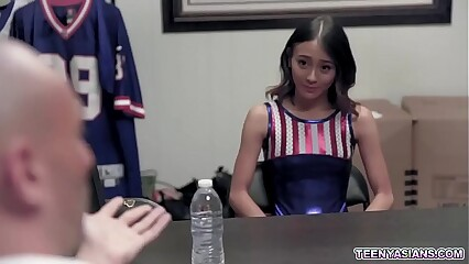 Tiny Asian cheerleader Jasmine Grey will do everything just to pass the auditions and showed her fucking skills with her trainer Brad Newman.