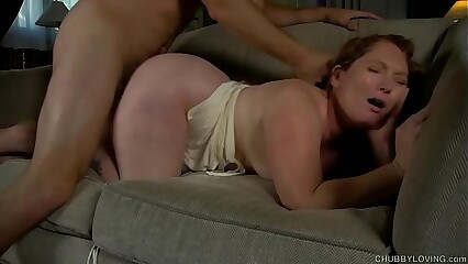 Supe cute chubby chick loves sucking and fucking a lucky dude