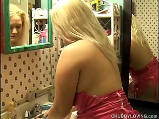 Beautiful big tits blonde BBW Samantha enjoys a facial cumshot