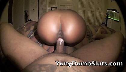 Super Hot Films : Yung Slut gives Don Whoe the ultimte ride!