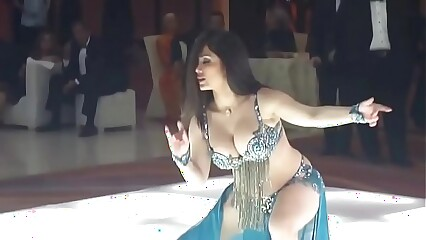 Belly Dance by Elissar - رقص شرقي مع إليسار