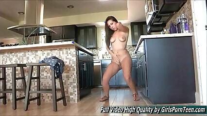 Jenna xxx brown tits solo sexy dance