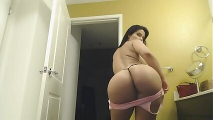 Booty Ass Hot Twerk Dance Girl  XXHotCam.com