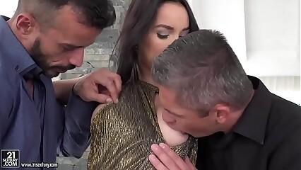 Francys Belle enjoys hardcore DP
