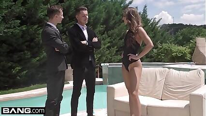 Glamkore - Amirah Adara gets a sensual DP outdoors
