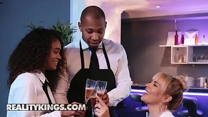 Moms Bang Teens - (Dana DeArmond, Scarlit Scandal) - Table For Three - Reality Kings