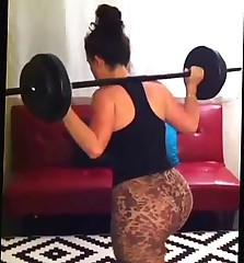 Build A Booty Workout! so nerved up please forgive my awkwardness! Booty routi...