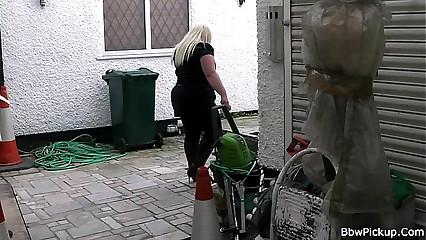 Stranger fucks hot chubby blonde
