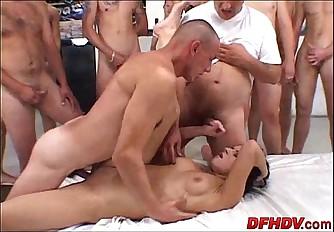 50 guy creampie 052
