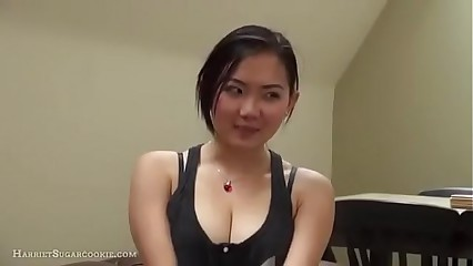 Very cute Asian gives perfect blowjob