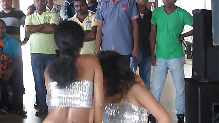 Sri lankan girls super sexy dance